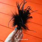 Перьевая щекоталка bijoux indiscret Pom Pom Feather Tickler